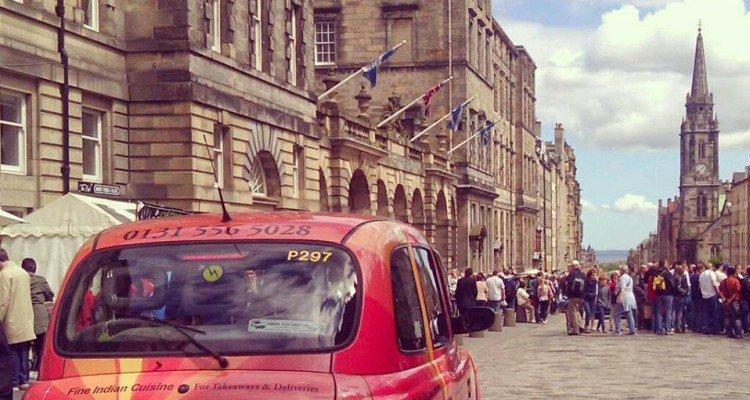 Edynburska uliczka auto