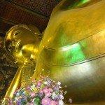 Elektyczna Wat Po i Leżący Budda, czyli największy i najstarszy kompleks świątynny w Bangkoku