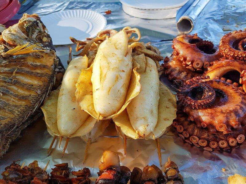 owoce morza na Zanzibarze