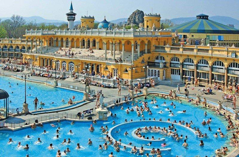 szechenyi-furdo-rezerwacja-biletow-na-kpielisko-termalne-w-budapeszcie-normalbig127