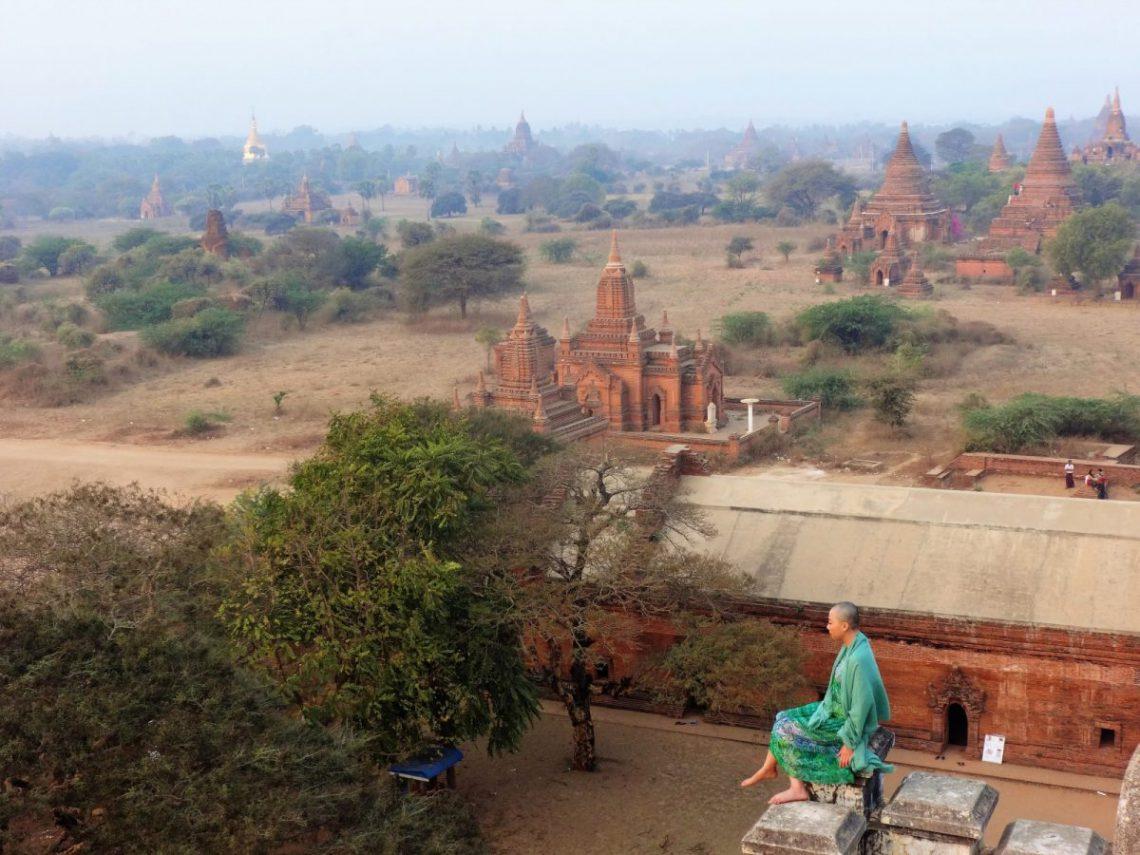 Dzień w Starym Baganie Birma